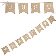 Vintage Affair Hessian Just Married Bunting