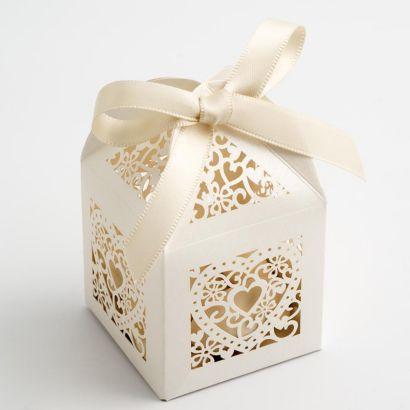 Wedding Gift Box Malta : Filigree Heart Favour Box Wedding Favours
